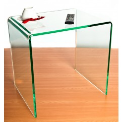 6 uses for an acrylic side table