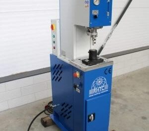 Hydraulic Punch Press Machines | A Quick Guide